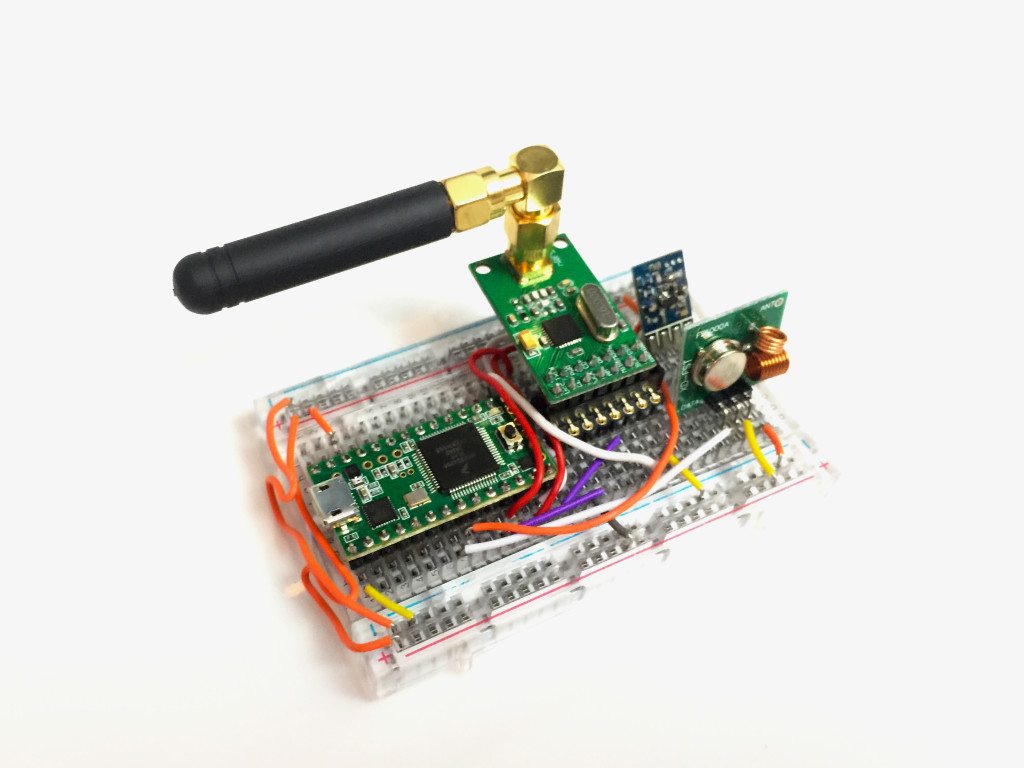 rolljam3 1024x768 bypassing rolling code systems andrewnohawk Garage Door Opener Safety Sensor Wiring at readyjetset.co